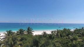 人妻リゾートの求人動画