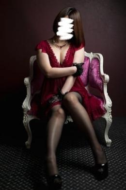 風(ふう) 黒薔薇 (坂之上発)