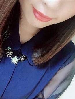 こまち(愛嬌抜群☆天真爛漫) エロく輝く魅惑の美女軍団 (日本橋発)