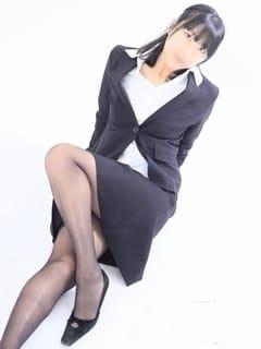 結城リン 幕張秘書課 (栄町発)