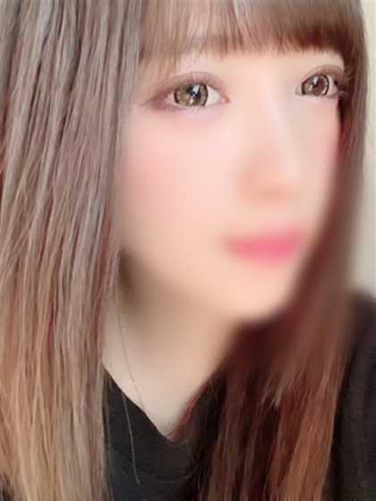 まりな 美少女、スレンダー 黒い金魚 (札幌・すすきの発)