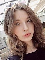 ユナ デリヘル金髪東京 (鶯谷発)