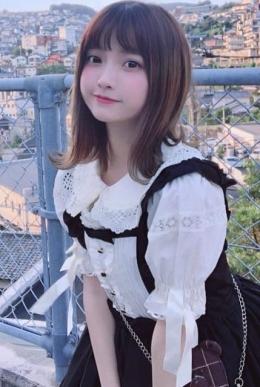 いよ 業界未経験モデル級美女 (神田発)