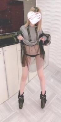 にこ★Bコース料金適用の女の子 room service(ルームサービス) (浜松発)