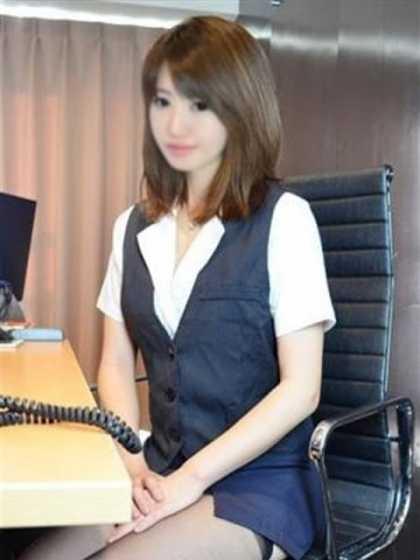りりか 現役OLたちの秘密のアルバイト シークレットオフィス (新宿発)