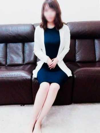 奈菜(なな) 体験入店 セレブなママ友 (焼津発)
