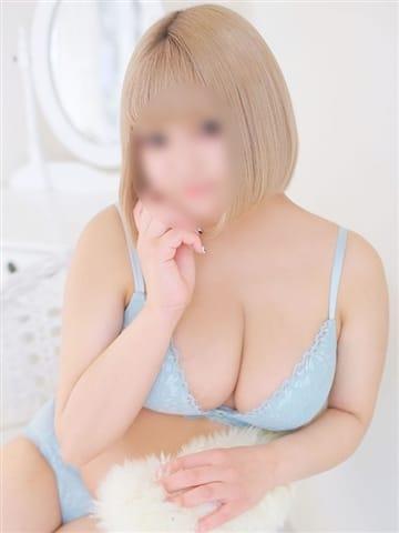 りん 巨乳・ぽっちゃり専門店 蒼いうさぎ (三宮発)