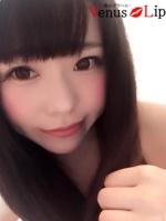 エミ (23) B85 W56 H86