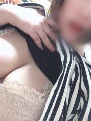 すず 愛嬌抜群Fカップ♡