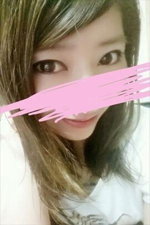ちな☆色白美尻敏感娘♪