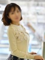 美麗 (32) B89 W60 H83
