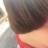 髪をバッサリ