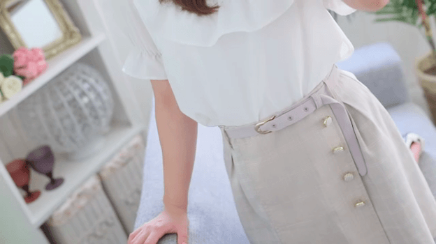 ○まほ○おっとり癒し系☆透明感溢れる笑顔がたまらない色白美肌の現役女子大生♪