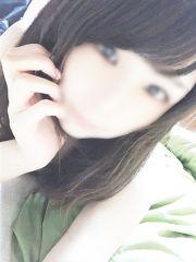 ゆいな☆色白美肌スレンダー美少女
