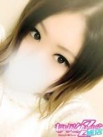 うみか (20) B85 W56 H83