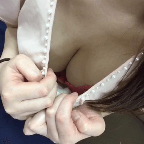 Fカップおっとり若奥様「かすみ」さん(28)