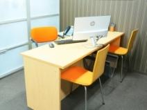 オフィスの中にある綺麗な事務所♪のアイキャッチ画像