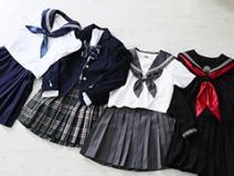 制服の種類は10種類以上♡